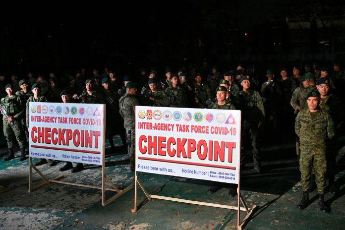 TOPSHOT-PHILIPPINES-HEALTH-VIRUS