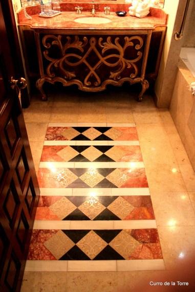 Suelo Baño Bañera Habitación Hotel Vista Real Guatemala Navidades 2103