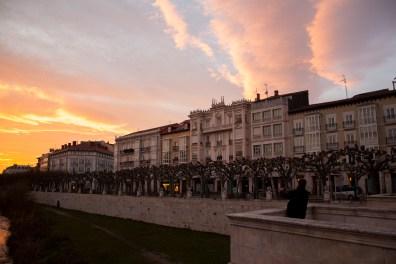 Puesta de sol invernal en Burgos
