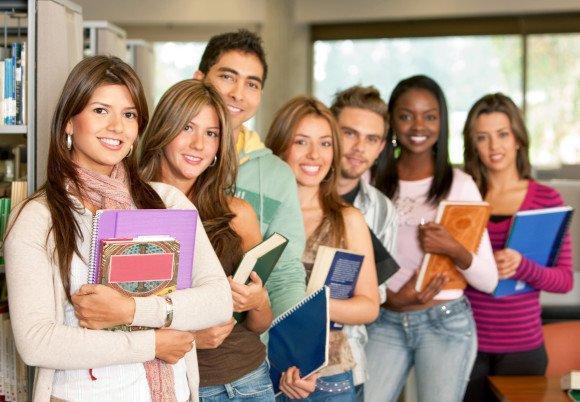 Cursos e Empregos students-04-580x402 Prouni 2016: MEC Divulga Lista de Aprovados