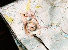 Opciones para estudiar turismo online y presencial