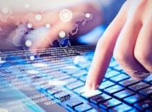 Gracias a Internet es posible aprender informática online a tu ritmo
