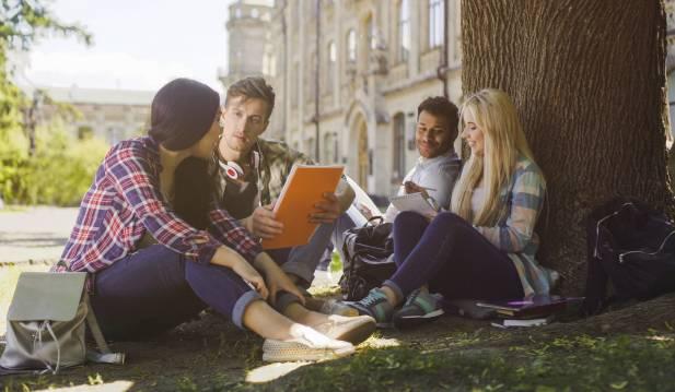 Becas para estudiar idiomas en el extranjero
