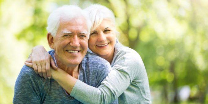 ¿Cuántos años hay que cotizar para cobrar la jubilación mínima?