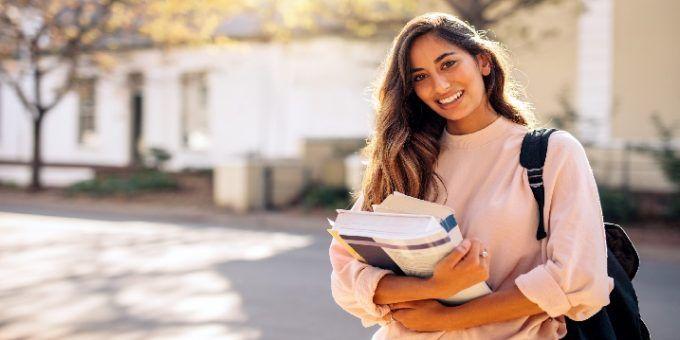 Becas españolas para estudiar en el extranjero