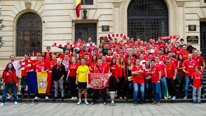 Adunarea naţională LFC România de anul acesta, din Bucureşti. FOTO: Marian Tapirluie, fan Liverpool