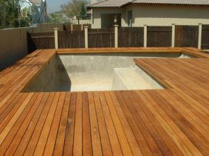 gunite swimming pool builders