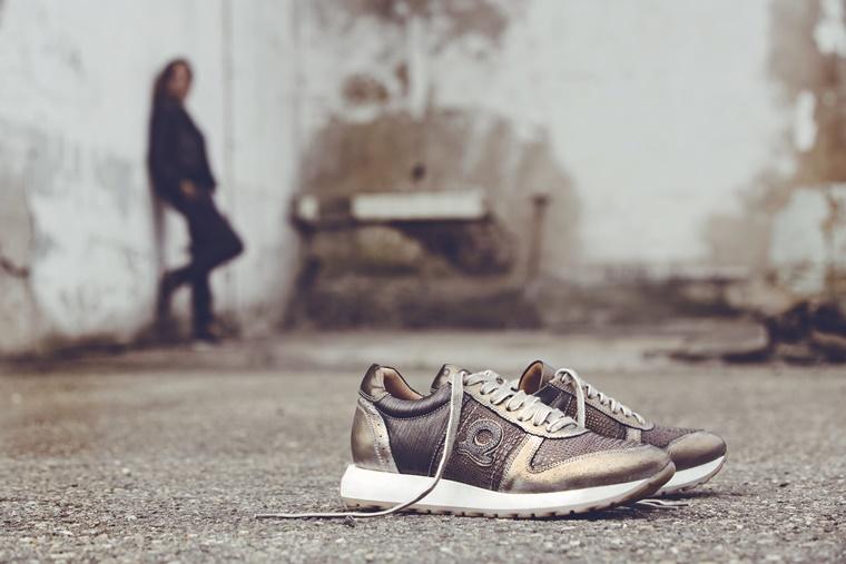 aqa shoes