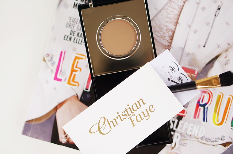 christian faye wenkbrauwkit review 2 - Getest! | Perfect eyebrows in just seconds?