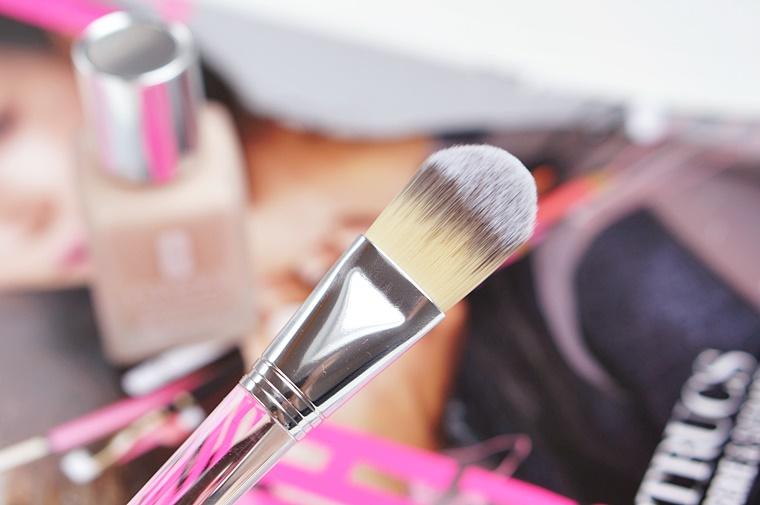 clinique superbalanced silk makeup 4 - Clinique Superbalanced Silk Makeup