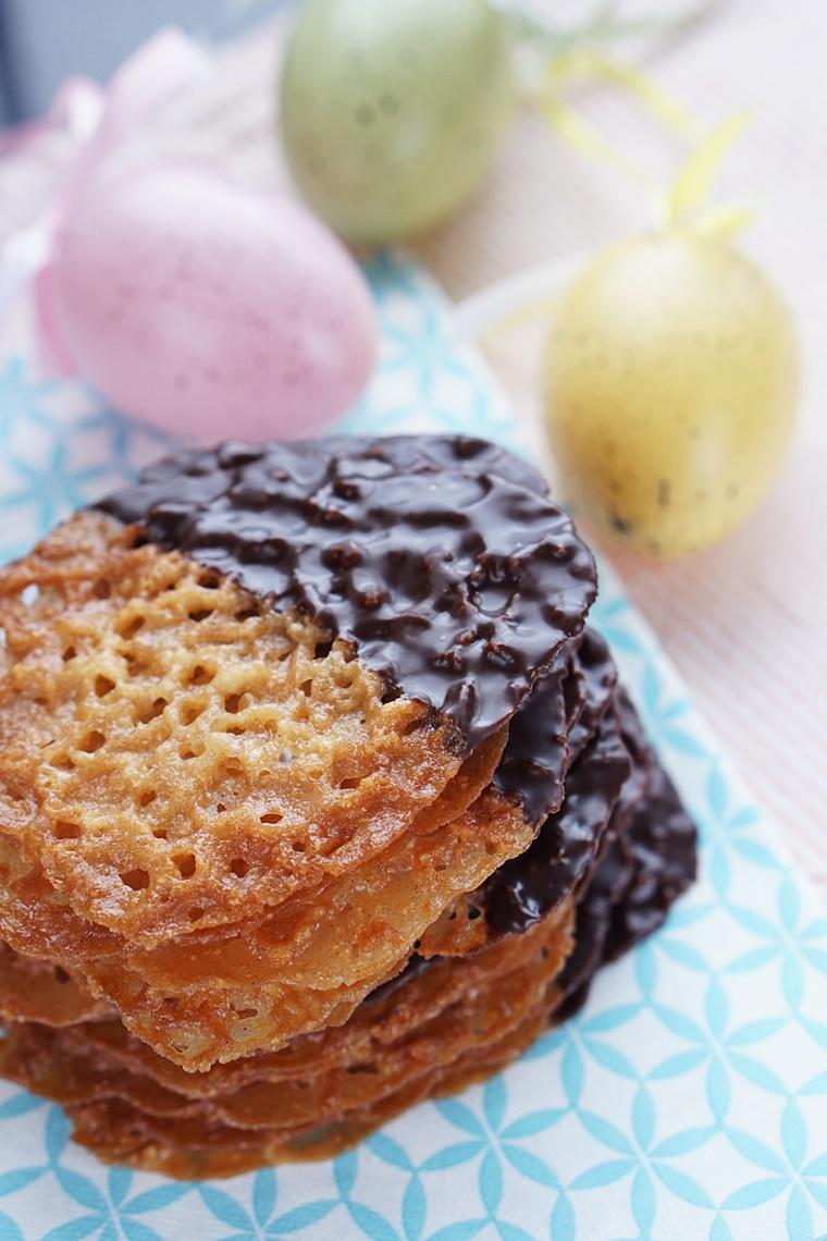 chocolade kletskoppen recept 3 - The Cookie Bakery | Chocolate dipped kletskoppen