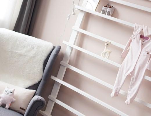 babykamer voorleeshoek