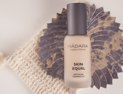 Mádara Skin Equal soft glow foundation review