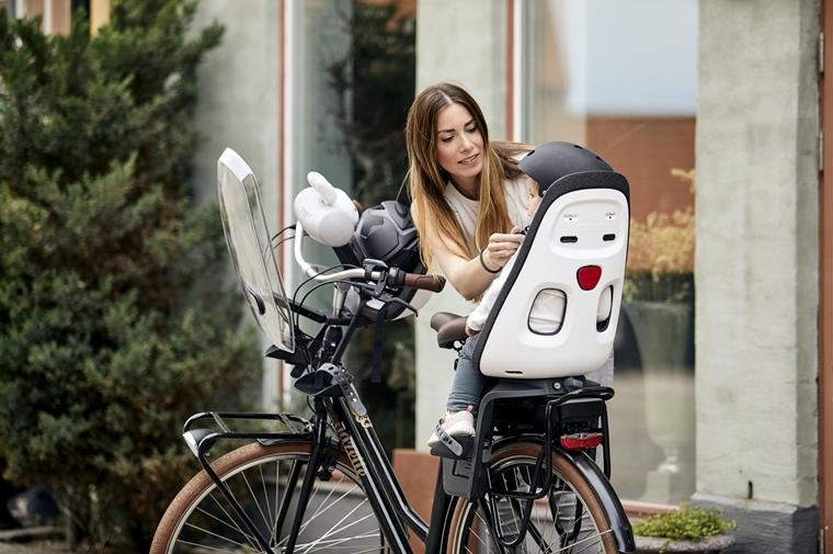 thule yepp ervaring test review 2 - Mommy musthave | Het Thule Yepp Nexxt fietsstoeltje