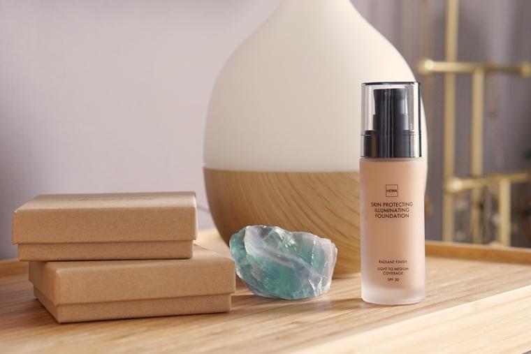 hema skin protecting illuminating foundation review 4 - Foundation Friday | HEMA Skin Protecting Illuminating foundation