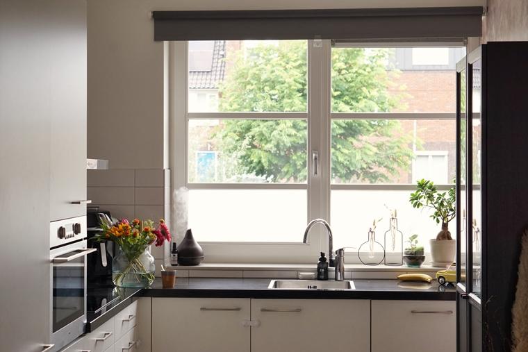 raamdecoratie bamboe houten jaloezieen 13 - Binnenkijken   Nieuwe raamdecoratie & meer kleur