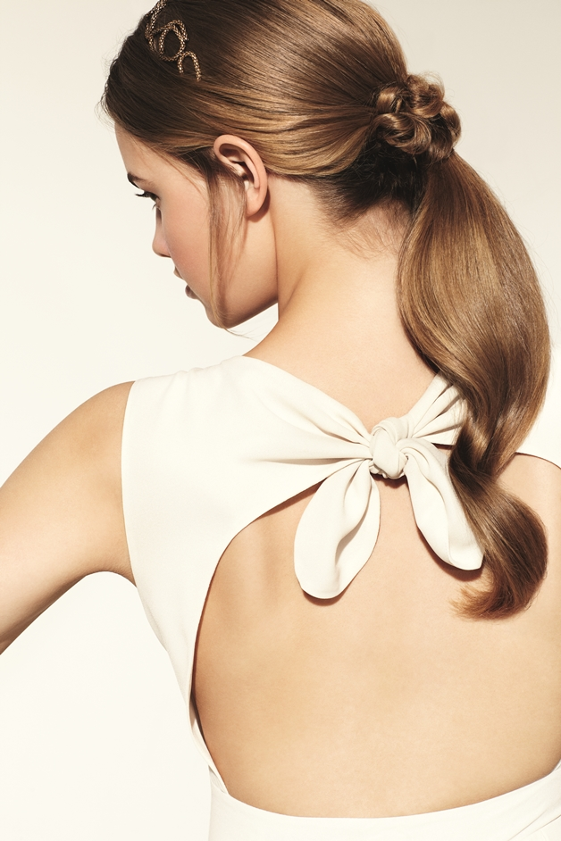 Simple Summer Ponytail - Nivea   Hair Care Summer Looks (how-to's)