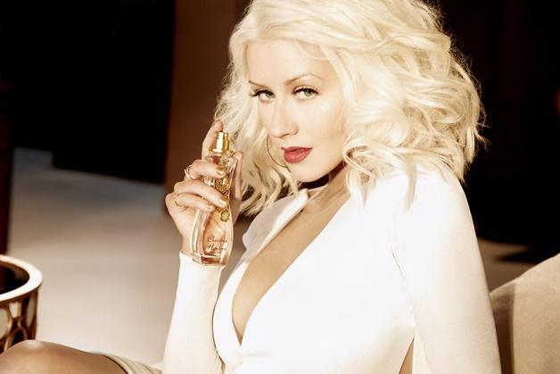 christina aguilera woman parfum review 1 - Budgetvriendelijke parfums | Christina Aguilera, Oriflame & Beyoncé
