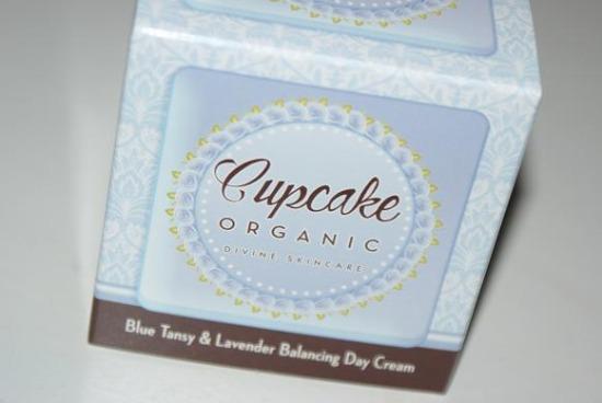 cupcakeorganicbluetansy1 - Review: Cupcake Organic Blue Tansy & Lavender