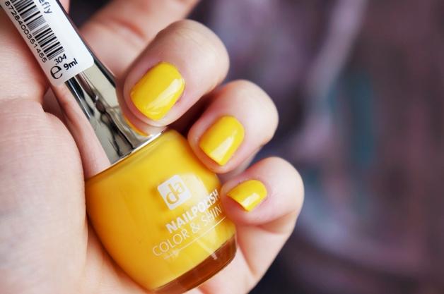 da zomerkleuren 5 - DA limited edition neon nagellak & lipbalm