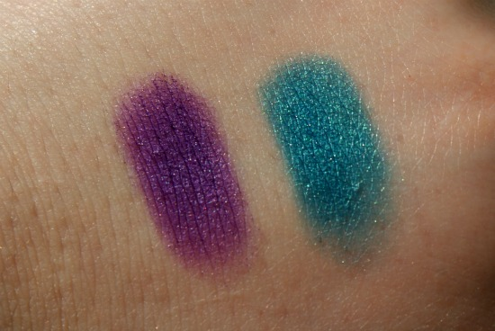 deborahmilanoeyeshadows4 - Deborah Milano 24Ore Velvet Eyeshadow Violet & Peacock - foto's, swatches en review