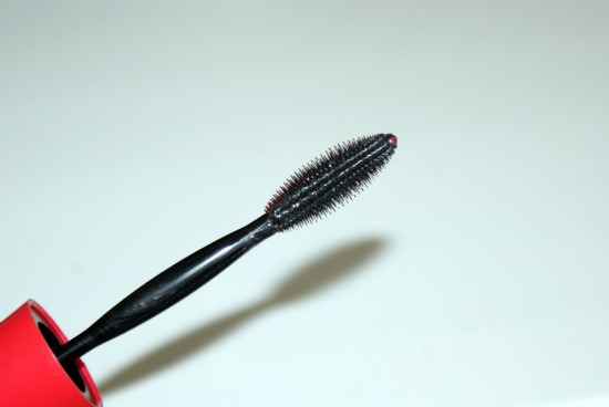 Maybelline New York one-by-one mascara