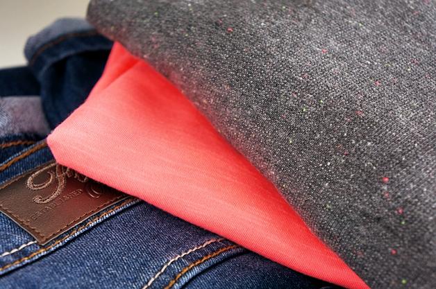 miss etam skechers mei 2014 3 - Plussize outfit | A touch of neon