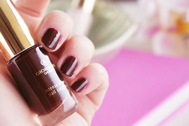 oriflame-giordani-gold-intense-shine-nail-lacquer-swatches-review-17