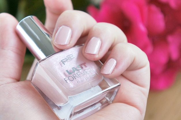p2-last-forever-nail-polish-017-cosy-home-3