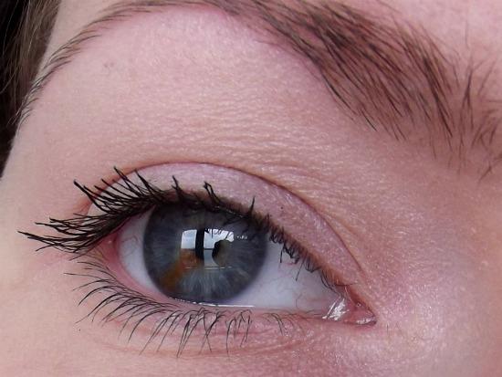 pinkladymakeupjuli8 - Lancaster mono eyeshadow Rose & Eveline Cosmetics gigantic volume turbo mascara
