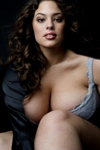 plussize model ashley graham 9 - Plussize Model | Ashley Graham