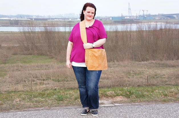 plussize outfit week 15 1 - Plussize outfit | Magenta ruffles