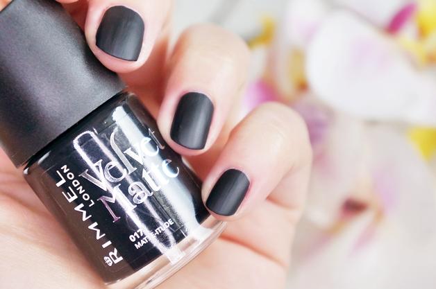 rimmel velvet matte nagellak 6 - Love it! | Rimmel velvet matte nagellak
