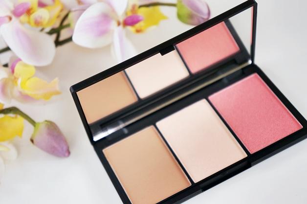 sleek faceform light contour 2 - Sleek face form contouring & blush palette