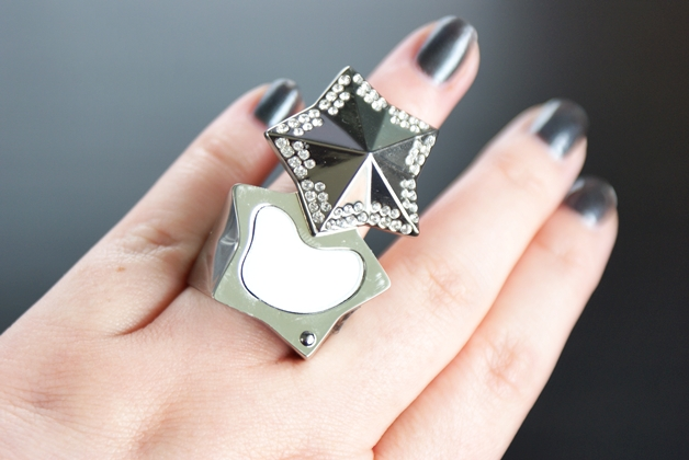 thierrymuglerangelring4 - Thierry Mugler show collection | Angel, perfume in a ring