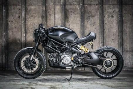 Ducati-M1100-Darth-Mostro-by-K-Speed-2