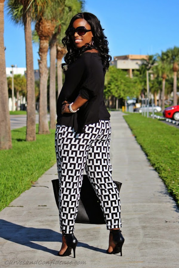 Weekend Wear Geo Print Pants Curves And Confidence