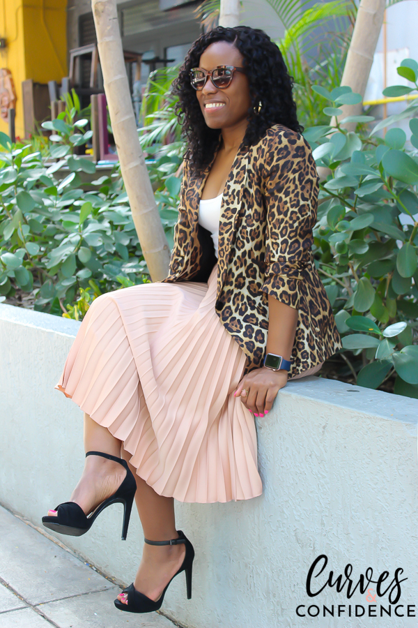 Curves and Confidence: Zara Leopard Blazer and H&M Accordion Pleated Skirt