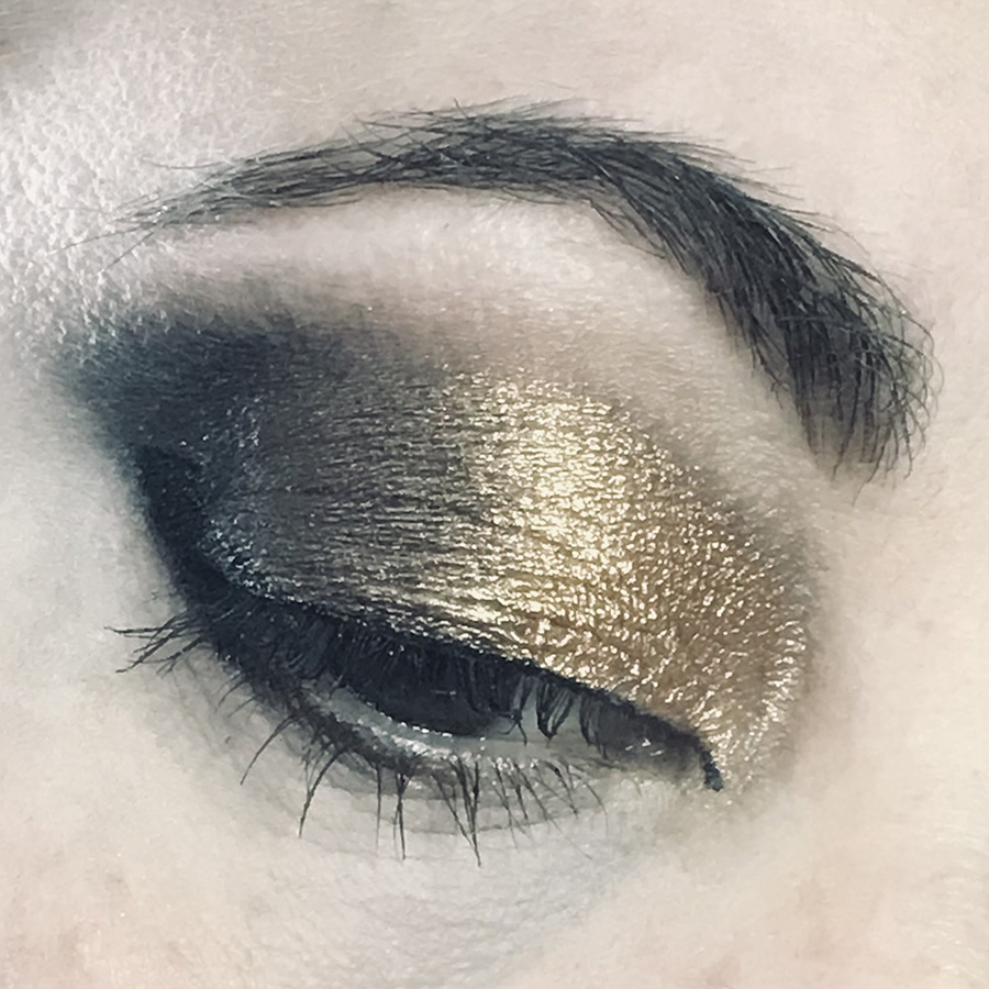 Smokey Obsessions Palette Look