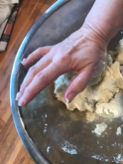 Knead the dough briefly...