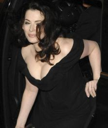 Nigella_Lawson-lovely-young_thumb_585x795