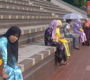 What to Wear in Kuala Lumpur