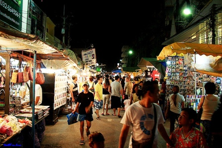 Night Market along Dechanuchit Road