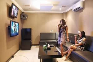 Karaoke in Jakarta