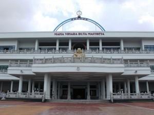 Maha Vihara Duta Maitreya in Batam Island