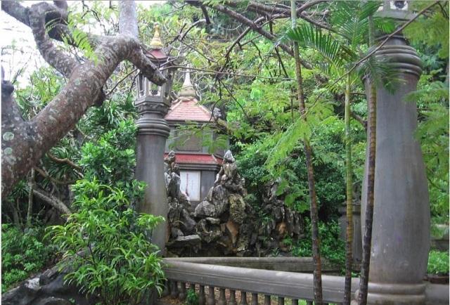 Garden Houses in Hue