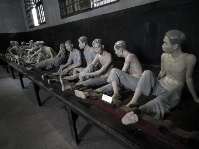 inside hanoi hilton