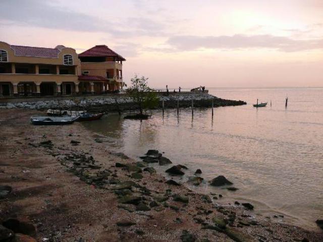 portuguese settlement in malacca
