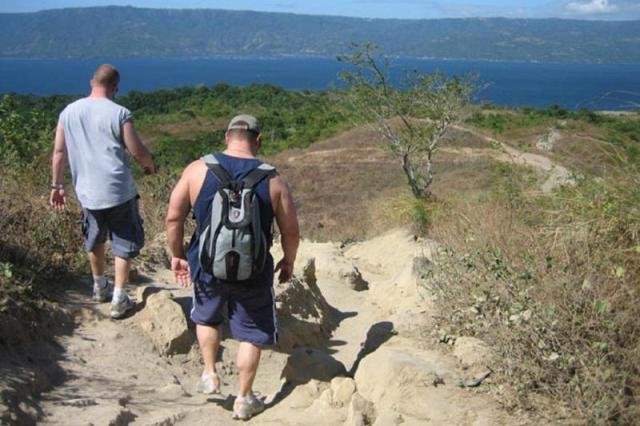 Trekking in Tagaytay to the Taal Volcano