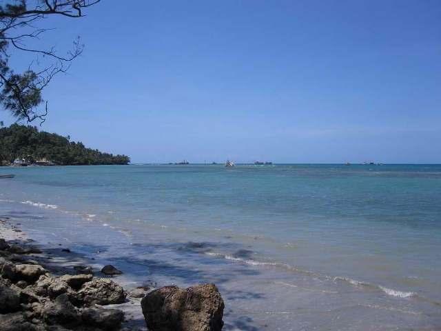 beach, papua new guinea